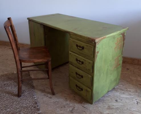 meuble peint vieilli